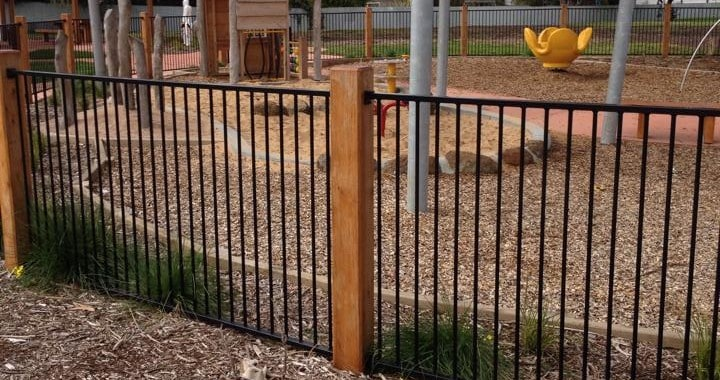 toddlers-playground-wood-chips